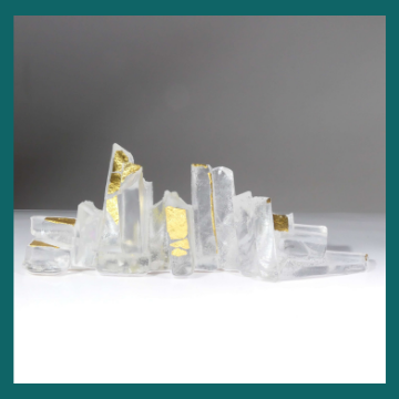 Handmade glass sculpture with 23.5ct gold